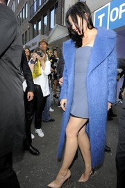 Daisy Lowe donned a fuzzy wool coat in a refreshing blue hue for the Topshop Unique fashion show.