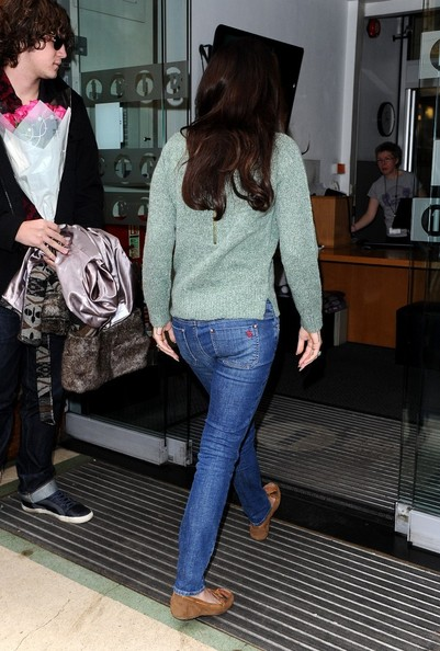 More Pics of Lana Del Rey Moccasins (1 of 8) - Lana Del Rey Lookbook - StyleBistro