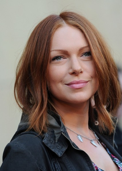 Laura Prepon Medium Straight Cut