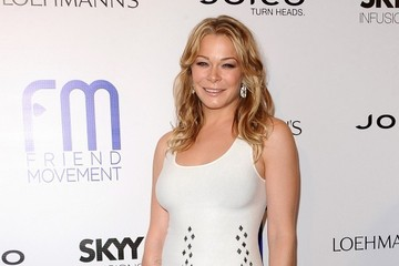 LeAnn Rimes Flaunts Her Figure In A Little White Dress