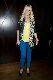 Liz Mcclarnon showed off her shapely legs with a pair of blue skinnies.