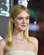 Elle Fanning paired her strapless dress with a gorgeous diamond necklace by Tiffany & Co.
