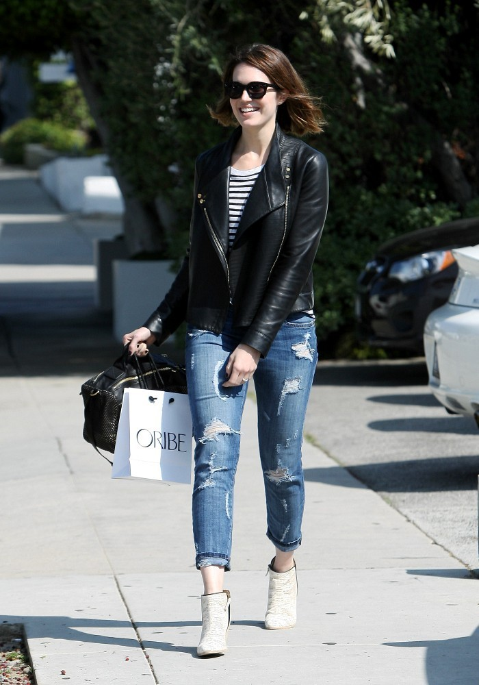 Mandy Moore Hangs Out in LA