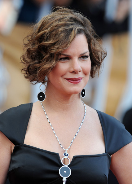 Marcia Gay Harden Curled Out Bob []
