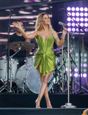 Maren Morris wowed in a strapless chartreuse mini dress while performing on 'Jimmy Kimmel Live.'