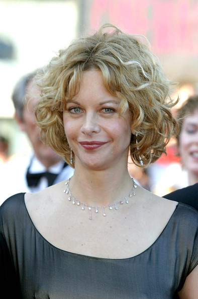 Meg Ryan Curled Out Bob []