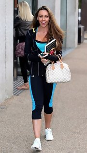 Michelle Heaton looked pretty even in a super laid-back outfit -- hoodie, leggings, and running shoes.