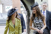 Middleton+sisters+wedding+guests+72Z3SFvDRcVs Kate and Pippa Middleton Spark Sheer Pantyhose Trend