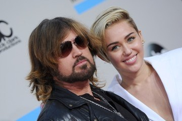 Miley Cyrus Billy Ray Cyrus Arrivals at the American Music Awards