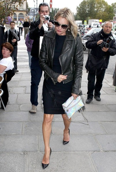 More Pics of Kate Moss Wayfarer Sunglasses (1 of 7) - Kate Moss Lookbook - StyleBistro