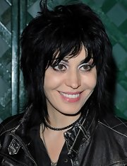 Joan Jett wore pink lipgloss to the video premiere of 'My Valentine.'