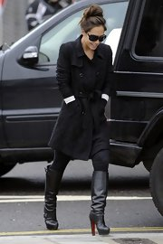 Myleene Klass may have just been running and errand, but she looked stylish doing so in this charcoal wool coat.