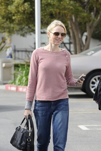 More Pics of Naomi Watts Boyfriend Jeans (1 of 18) - Naomi Watts Lookbook - StyleBistro