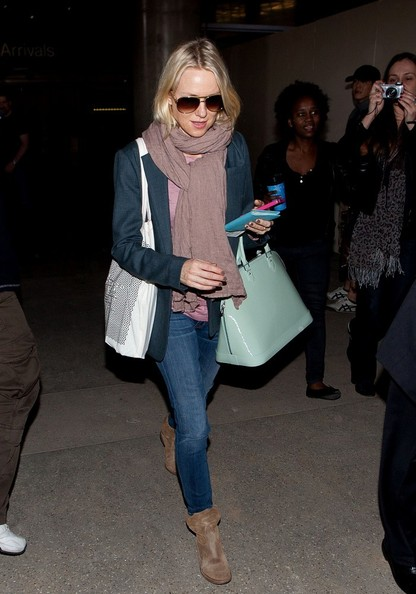 More Pics of Naomi Watts Solid Scarf (2 of 16) - Naomi Watts Lookbook - StyleBistro