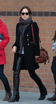 Olivia Wilde rocked a pair of stylish leather pants for a chic NYC street style look.
