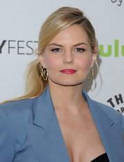 Jennifer Morrison chose a sleek and modern side ponytail for her red carpet look at PaleyFest.