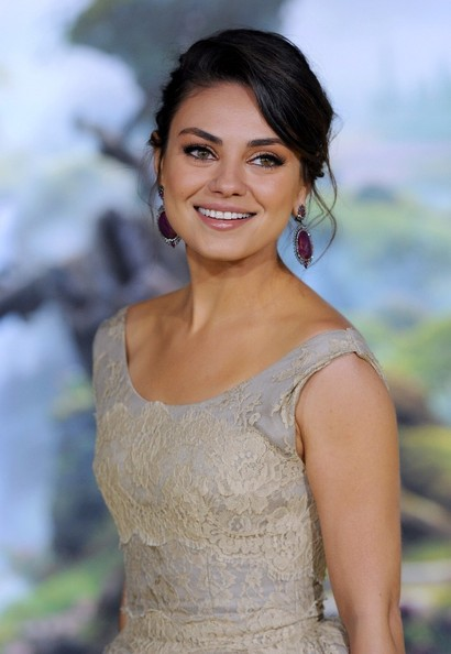 More Pics of Mila Kunis Dangling Gemstone Earrings (1 of 21) - Mila Kunis Lookbook - StyleBistro