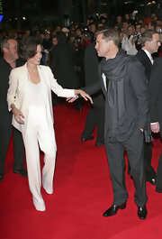 Angelina Jolie wears a solid white pant suit for the premiere of 'The Curious Case of Benjamin Button.'