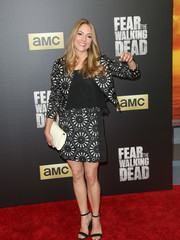 Brooke Nevin's black-and-white printed jacket and skirt ensemble at the 'Fear the Walking Dead' season 2 premiere was a super-cute way to suit up!