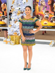 Gina Rodriguez sealed off her vibrant look with green suede pumps by Casadei.