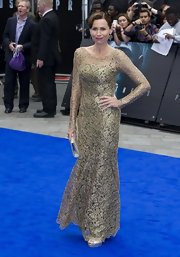 Minnie Driver looked antique-y at the 'Prometheus' world premiere in this lace dress with a delicate mermaid flare.