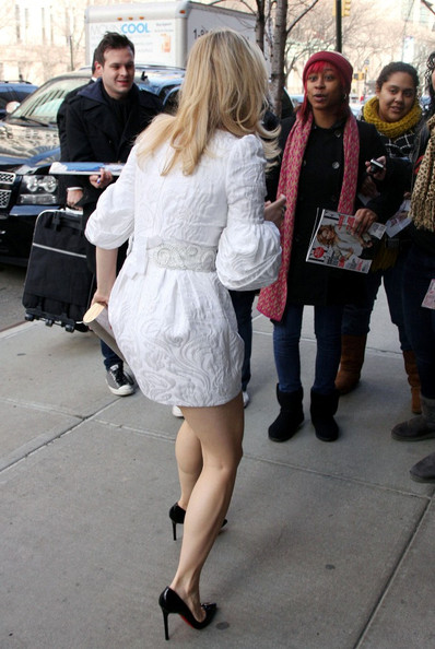 More Pics of Rachel McAdams Print Dress (1 of 10) - Rachel McAdams Lookbook - StyleBistro