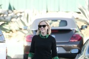 Reese Witherspoon shops at Whole Foods.