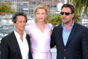 Russell Crowe and Cate Blanchett Photo