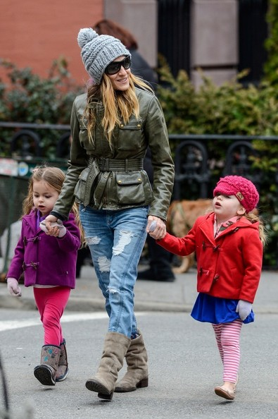Sarah Jessica Parker Out For a Walk With Her Daughters