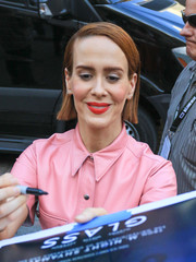 Sarah Paulson kept it modest with this side-parted straight cut at San Diego Comic-Con 2018.