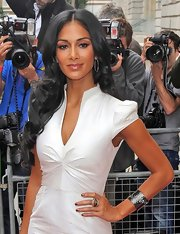 Nicole styled her sleek hair in large curls for her 'X Factor' red carpet appearance.