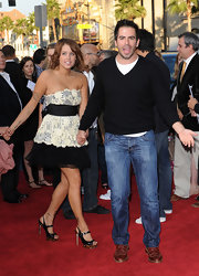 Eli Roth kept it casual on the red carpet in a black V-neck sweater and jeans.