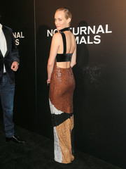 Amber Valletta was bondage-glam in this fall-hued paillette gown by Tom Ford at the 'Nocturnal Animals' screening.