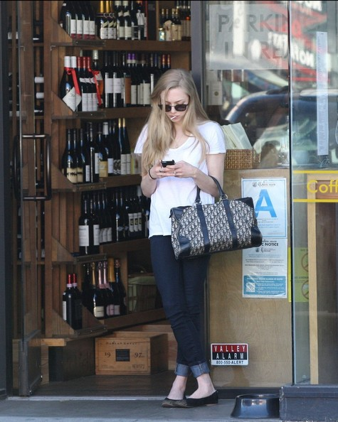 More Pics of Amanda Seyfried Skinny Jeans (4 of 12) - Skinny Jeans Lookbook - StyleBistro
