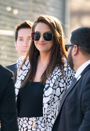 Shailene Woodley accessorized with a pair of oversized square shades for her visit to 'Kimmel.'