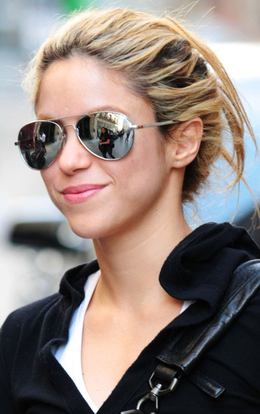 Shakira Aviator Sunglasses