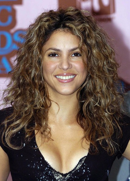 Shakira Long Curls