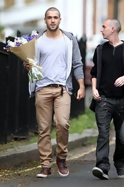Shayne Ward could not have looked any better if he tried in these perfect khaki pants.