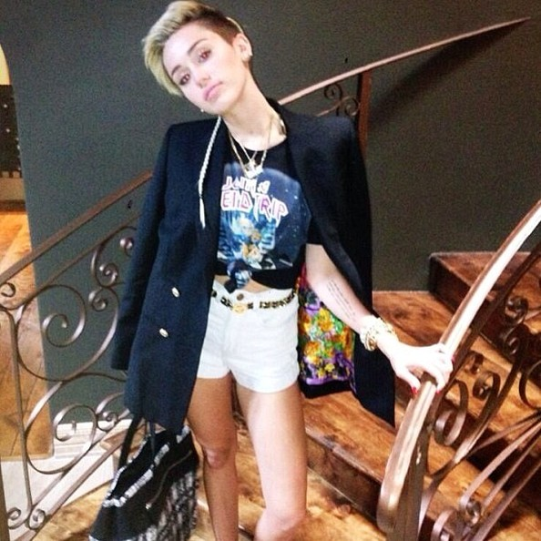 More Pics of Miley Cyrus Oversized Jacket  (2 of 9) - Outerwear Lookbook - StyleBistro []