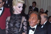 Anne Hathaway and Valentino Garavani Photo
