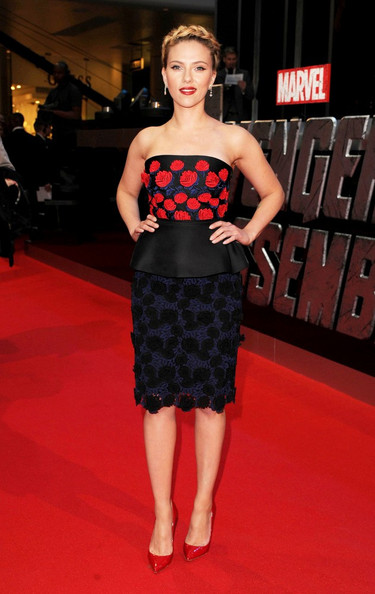 Scarlett+Johansson in Stars at the Premiere of 'The Avengers' in London 2