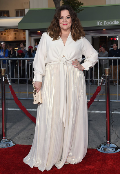 Melissa McCarthy kept it relaxed yet sophisticated in a long-sleeve, knot-waist blouse from her own Melissa McCarthy Seven7 line at the Los Angeles premiere of 'The Boss.'