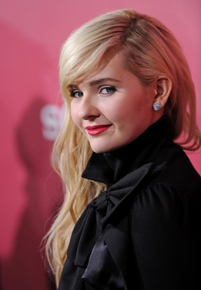More Pics of Abigail Breslin Long Curls with Bangs (1 of 17) - Abigail Breslin Lookbook - StyleBistro