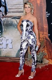 Julianne Hough looked fashion-forward in a strapless print pantsuit by Monique Lhuillier at the premiere of 'The Lone Ranger.'