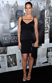 Olivia Munn chose a black satin step-hem dress that featured a lace detail across the neck for her look at the season 2 premiere of 'The Newsroom.'