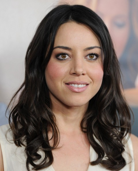 More Pics of Aubrey Plaza Medium Curls (5 of 12) - Aubrey Plaza Lookbook - StyleBistro