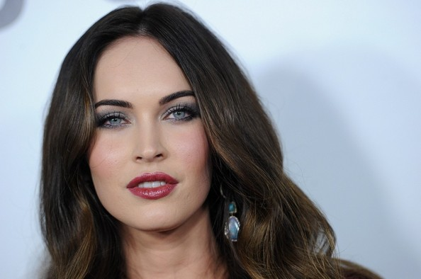 More Pics of Megan Fox Long Wavy Cut (8 of 36) - Long Wavy Cut Lookbook - StyleBistro