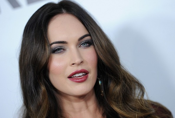More Pics of Megan Fox Long Wavy Cut (9 of 36) - Long Wavy Cut Lookbook - StyleBistro