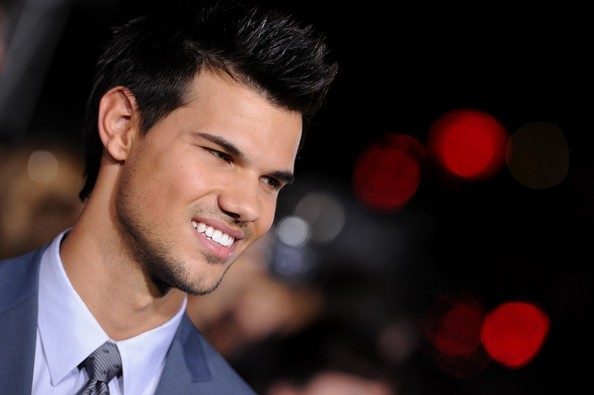 More Pics of Taylor Lautner Men's Suit (1 of 14) - Men's Suit Lookbook - StyleBistro