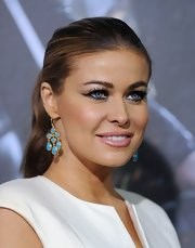 Carmen Electra completed her eye-enhancing look with a pair of long false lashes at the premiere of 'Underworld: Awakening.'